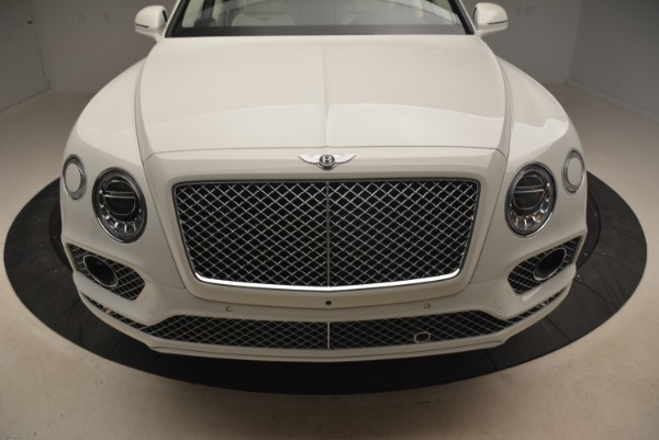 Used 2018 Bentley Bentayga Signature for sale Sold at Bugatti of Greenwich in Greenwich CT 06830 13
