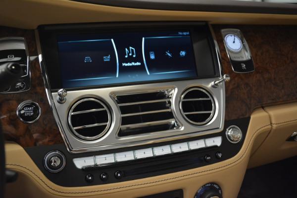 Used 2018 Rolls-Royce Dawn for sale Sold at Bugatti of Greenwich in Greenwich CT 06830 24