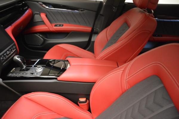 New 2018 Maserati Quattroporte S Q4 GranLusso for sale Sold at Bugatti of Greenwich in Greenwich CT 06830 15