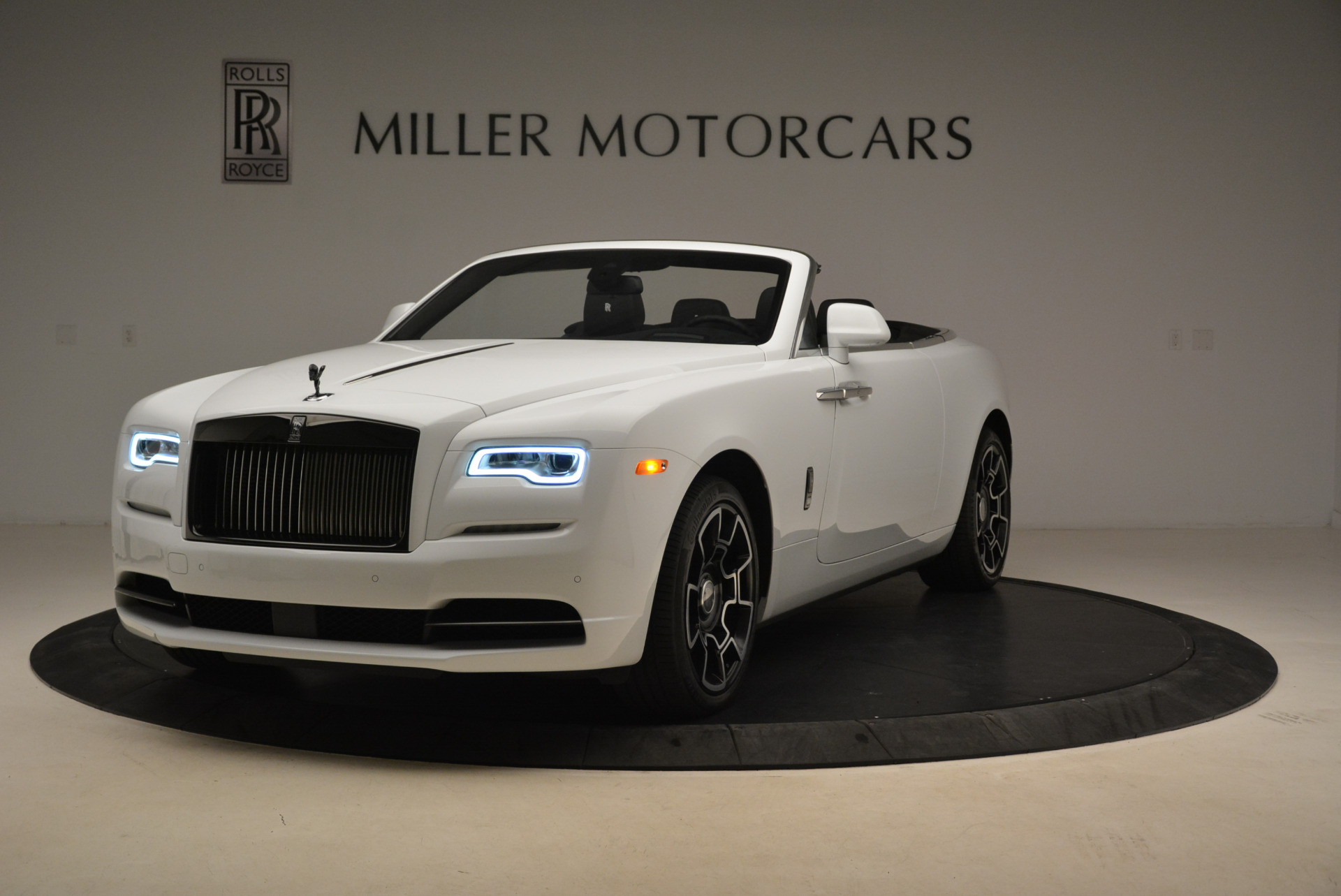 New 2018 Rolls-Royce Dawn Black Badge for sale Sold at Bugatti of Greenwich in Greenwich CT 06830 1