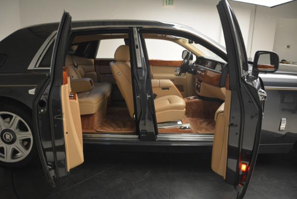 Used 2013 Rolls-Royce Phantom for sale Sold at Bugatti of Greenwich in Greenwich CT 06830 11