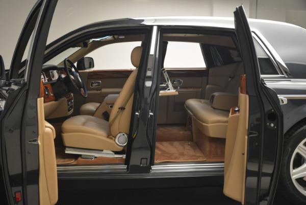 Used 2013 Rolls-Royce Phantom for sale Sold at Bugatti of Greenwich in Greenwich CT 06830 12