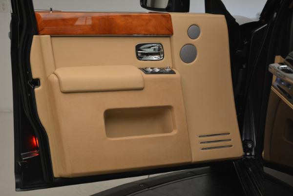 Used 2013 Rolls-Royce Phantom for sale Sold at Bugatti of Greenwich in Greenwich CT 06830 13