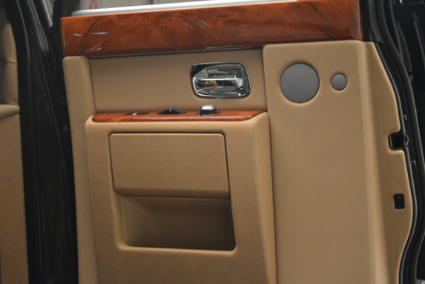 Used 2013 Rolls-Royce Phantom for sale Sold at Bugatti of Greenwich in Greenwich CT 06830 14