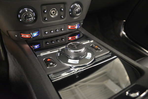 Used 2014 Rolls-Royce Wraith for sale Sold at Bugatti of Greenwich in Greenwich CT 06830 22