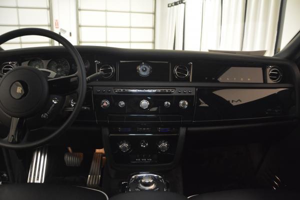 New 2016 Rolls-Royce Phantom for sale Sold at Bugatti of Greenwich in Greenwich CT 06830 11