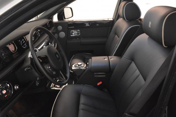 New 2016 Rolls-Royce Phantom for sale Sold at Bugatti of Greenwich in Greenwich CT 06830 8