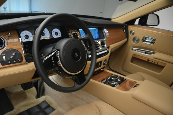 Used 2018 Rolls-Royce Ghost for sale Sold at Bugatti of Greenwich in Greenwich CT 06830 17