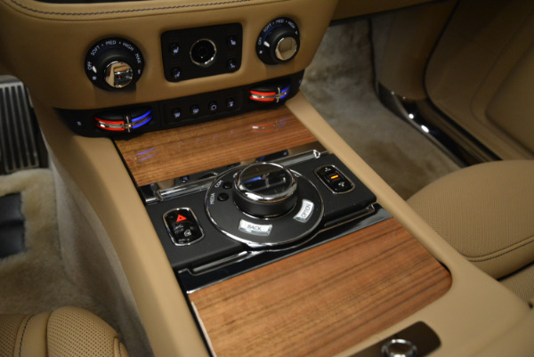 Used 2018 Rolls-Royce Ghost for sale Sold at Bugatti of Greenwich in Greenwich CT 06830 19
