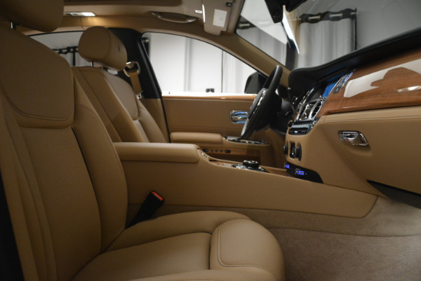 Used 2018 Rolls-Royce Ghost for sale Sold at Bugatti of Greenwich in Greenwich CT 06830 27