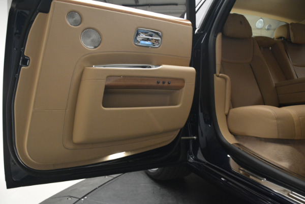 Used 2018 Rolls-Royce Ghost for sale Sold at Bugatti of Greenwich in Greenwich CT 06830 28