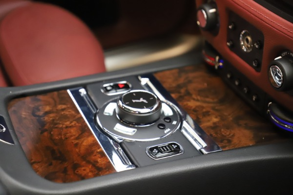 Used 2016 Rolls-Royce Ghost for sale $169,900 at Bugatti of Greenwich in Greenwich CT 06830 19