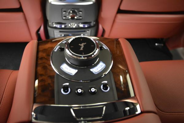 Used 2016 Rolls-Royce Ghost for sale $169,900 at Bugatti of Greenwich in Greenwich CT 06830 27