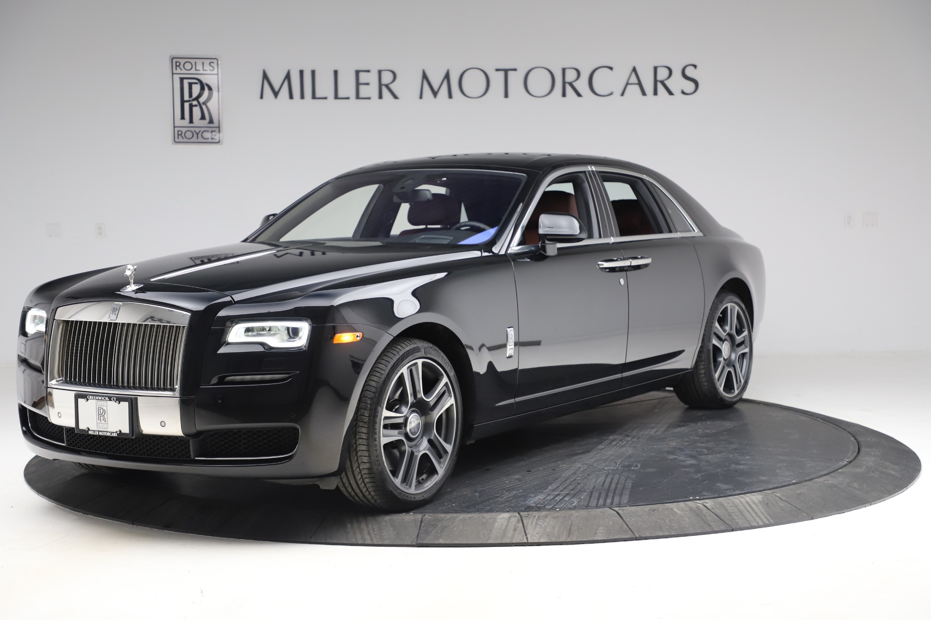 Used 2016 Rolls-Royce Ghost for sale $169,900 at Bugatti of Greenwich in Greenwich CT 06830 1
