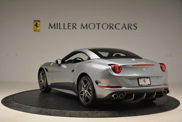Used 2018 Ferrari California T for sale Sold at Bugatti of Greenwich in Greenwich CT 06830 17