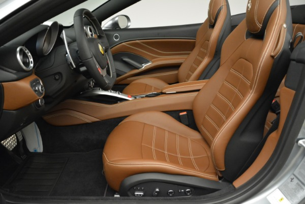 Used 2018 Ferrari California T for sale Sold at Bugatti of Greenwich in Greenwich CT 06830 26