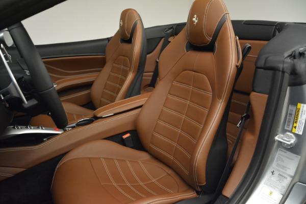 Used 2018 Ferrari California T for sale Sold at Bugatti of Greenwich in Greenwich CT 06830 27