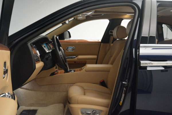 Used 2015 Rolls-Royce Ghost for sale Sold at Bugatti of Greenwich in Greenwich CT 06830 23