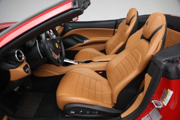 Used 2016 Ferrari California T Handling Speciale for sale Sold at Bugatti of Greenwich in Greenwich CT 06830 20
