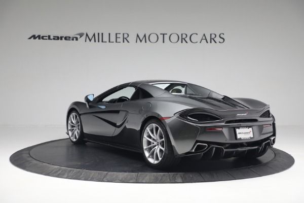 Used 2018 McLaren 570S Spider for sale Sold at Bugatti of Greenwich in Greenwich CT 06830 18