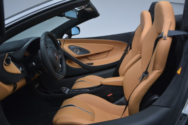 Used 2018 McLaren 570S Spider for sale Sold at Bugatti of Greenwich in Greenwich CT 06830 23