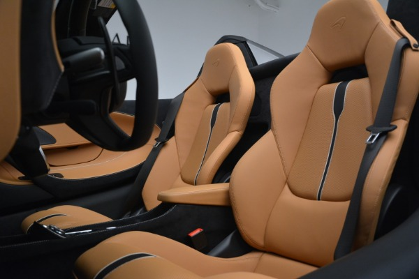 Used 2018 McLaren 570S Spider for sale Sold at Bugatti of Greenwich in Greenwich CT 06830 24