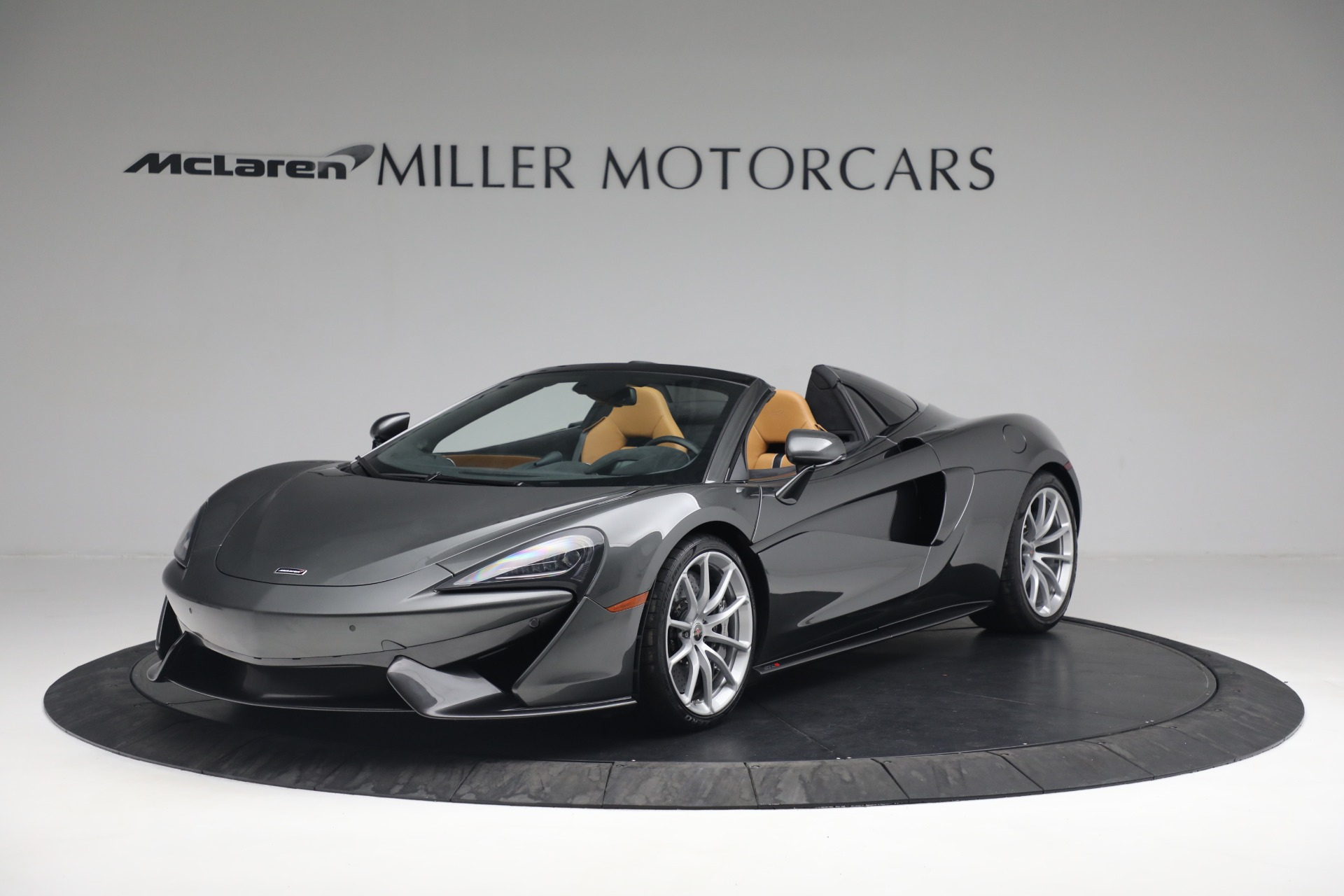 Used 2018 McLaren 570S Spider for sale Sold at Bugatti of Greenwich in Greenwich CT 06830 1