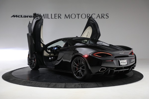 New 2018 McLaren 570S Spider for sale Sold at Bugatti of Greenwich in Greenwich CT 06830 24