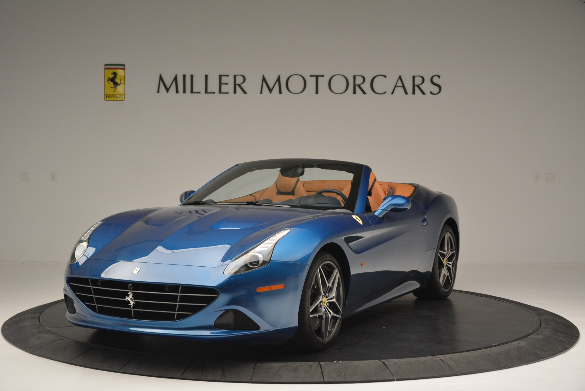 Used 2017 Ferrari California T Handling Speciale for sale Sold at Bugatti of Greenwich in Greenwich CT 06830 1
