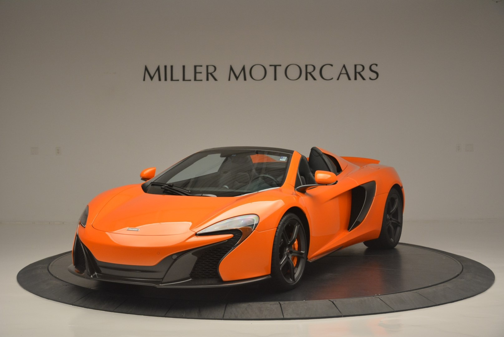 Used 2015 McLaren 650S Spider for sale Sold at Bugatti of Greenwich in Greenwich CT 06830 1