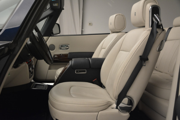 Used 2014 Rolls-Royce Phantom Drophead Coupe for sale Sold at Bugatti of Greenwich in Greenwich CT 06830 19