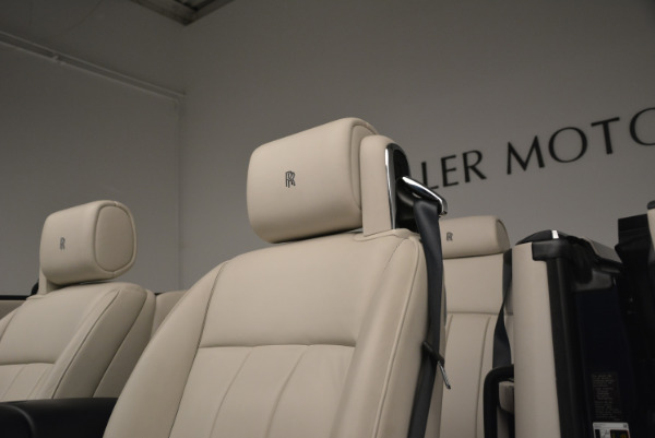 Used 2014 Rolls-Royce Phantom Drophead Coupe for sale Sold at Bugatti of Greenwich in Greenwich CT 06830 20