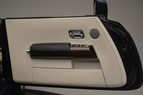 Used 2014 Rolls-Royce Phantom Drophead Coupe for sale Sold at Bugatti of Greenwich in Greenwich CT 06830 21