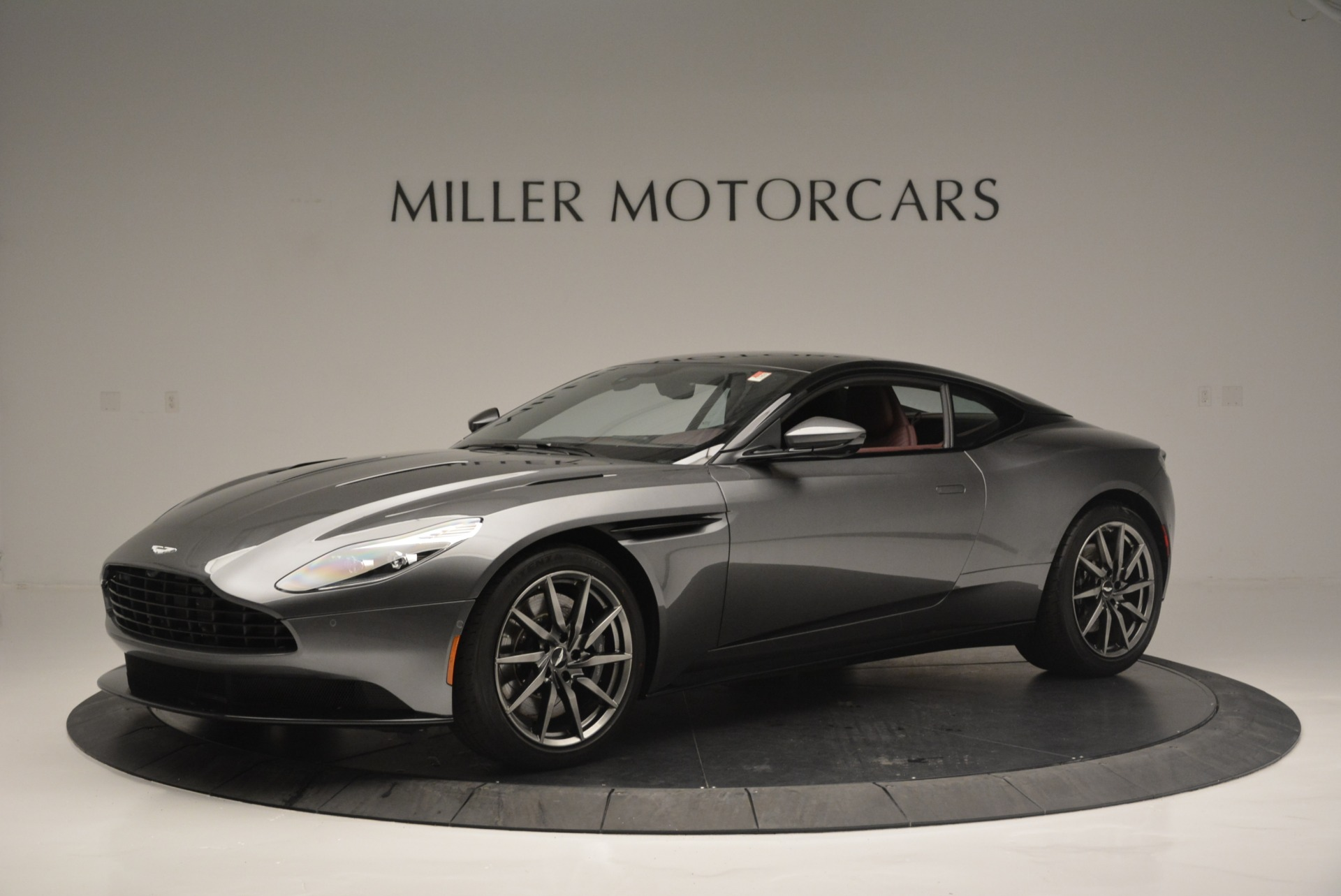 Used 2018 Aston Martin DB11 V12 for sale $167,990 at Bugatti of Greenwich in Greenwich CT 06830 1