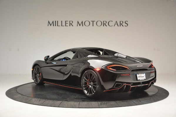 Used 2018 McLaren 570S Spider for sale Sold at Bugatti of Greenwich in Greenwich CT 06830 17