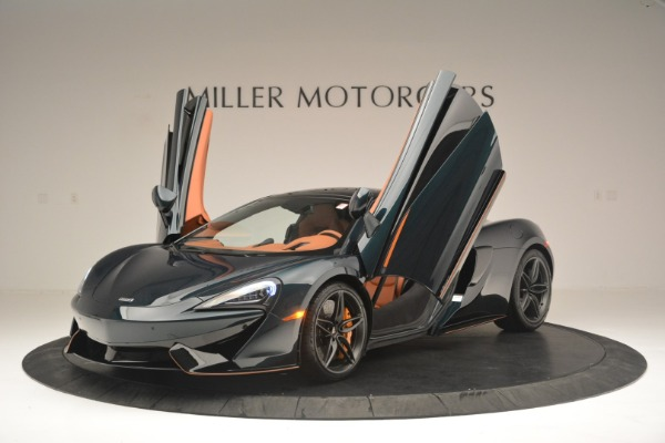 New 2018 McLaren 570GT Coupe for sale Sold at Bugatti of Greenwich in Greenwich CT 06830 14