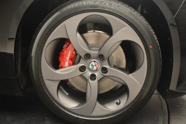 New 2018 Alfa Romeo Giulia Sport Q4 for sale Sold at Bugatti of Greenwich in Greenwich CT 06830 19