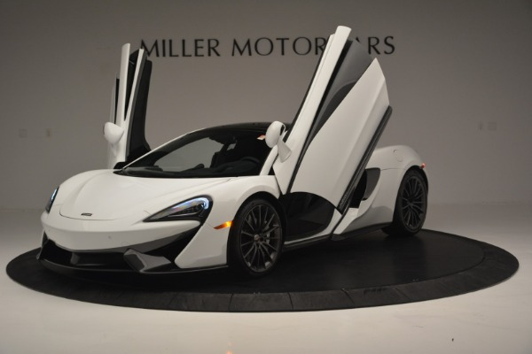 Used 2018 McLaren 570GT for sale Sold at Bugatti of Greenwich in Greenwich CT 06830 14