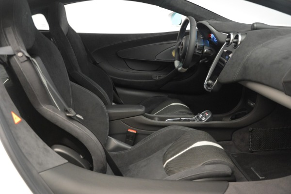 Used 2018 McLaren 570GT for sale Sold at Bugatti of Greenwich in Greenwich CT 06830 19