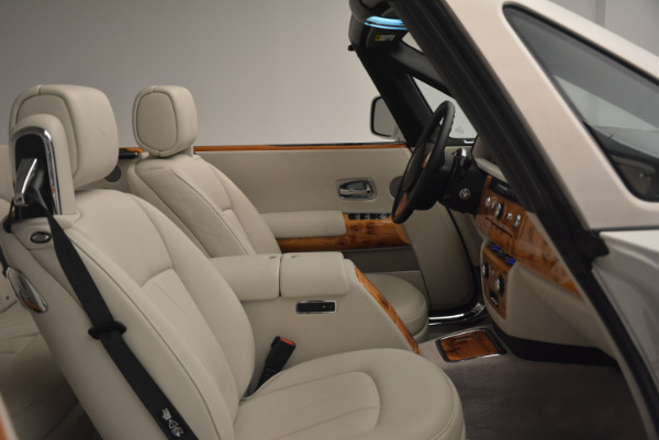 Used 2013 Rolls-Royce Phantom Drophead Coupe for sale Sold at Bugatti of Greenwich in Greenwich CT 06830 27