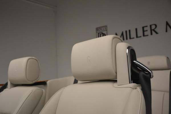 Used 2013 Rolls-Royce Phantom Drophead Coupe for sale Sold at Bugatti of Greenwich in Greenwich CT 06830 28