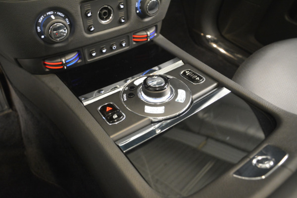 Used 2012 Rolls-Royce Ghost for sale Sold at Bugatti of Greenwich in Greenwich CT 06830 16