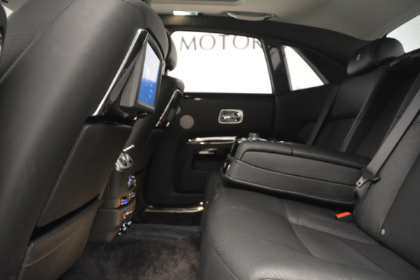 Used 2012 Rolls-Royce Ghost for sale Sold at Bugatti of Greenwich in Greenwich CT 06830 19