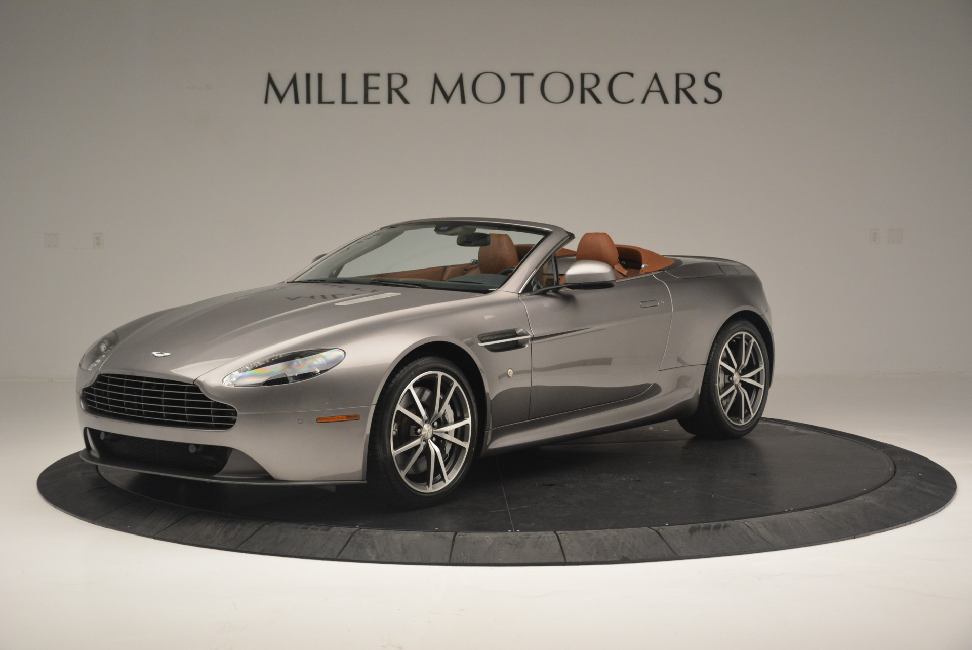 Used 2015 Aston Martin V8 Vantage Roadster for sale Sold at Bugatti of Greenwich in Greenwich CT 06830 1