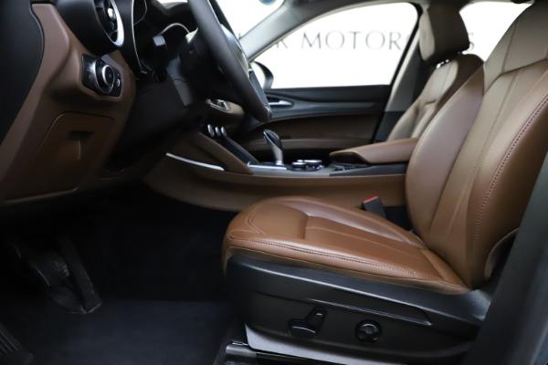 Used 2018 Alfa Romeo Stelvio Ti Q4 for sale $32,900 at Bugatti of Greenwich in Greenwich CT 06830 14