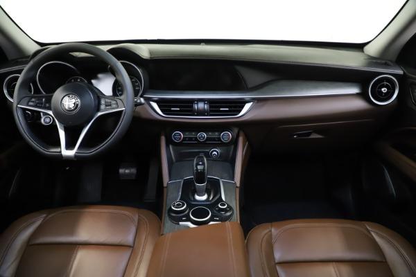 Used 2018 Alfa Romeo Stelvio Ti Q4 for sale $32,900 at Bugatti of Greenwich in Greenwich CT 06830 16