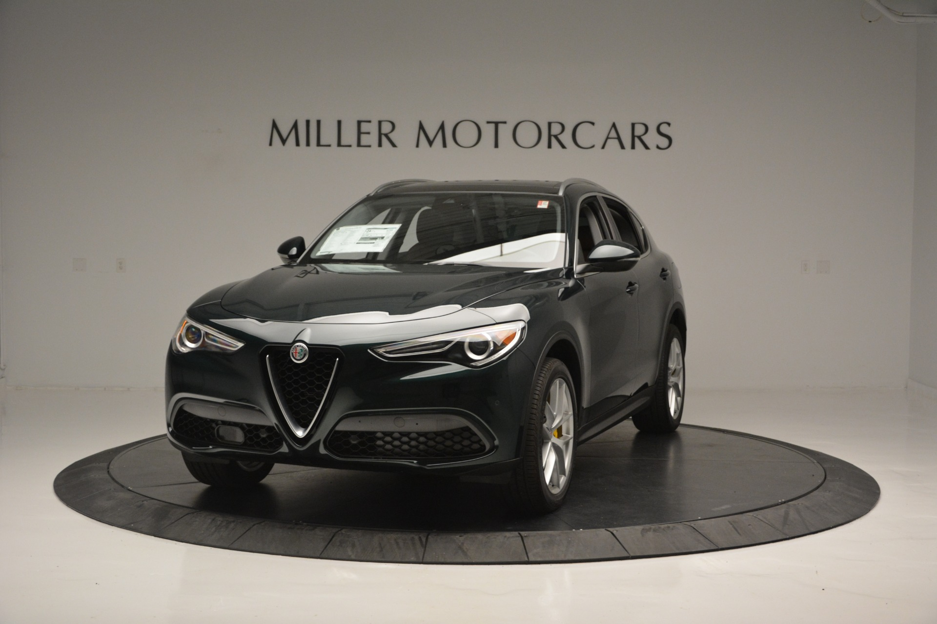 New 2018 Alfa Romeo Stelvio Ti Lusso Q4 for sale Sold at Bugatti of Greenwich in Greenwich CT 06830 1