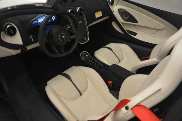 Used 2019 McLaren 570S Spider Convertible for sale $169,900 at Bugatti of Greenwich in Greenwich CT 06830 23