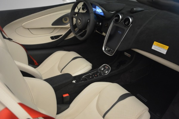 Used 2019 McLaren 570S Spider Convertible for sale $169,900 at Bugatti of Greenwich in Greenwich CT 06830 26