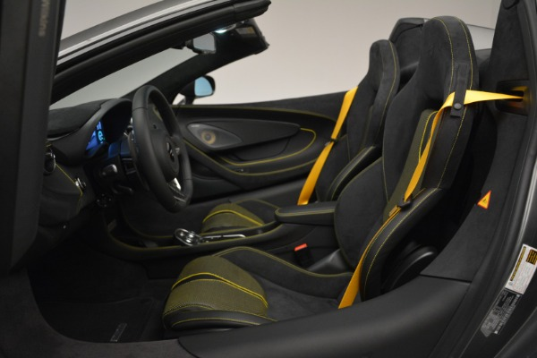 Used 2019 McLaren 570S Spider Convertible for sale $189,990 at Bugatti of Greenwich in Greenwich CT 06830 24